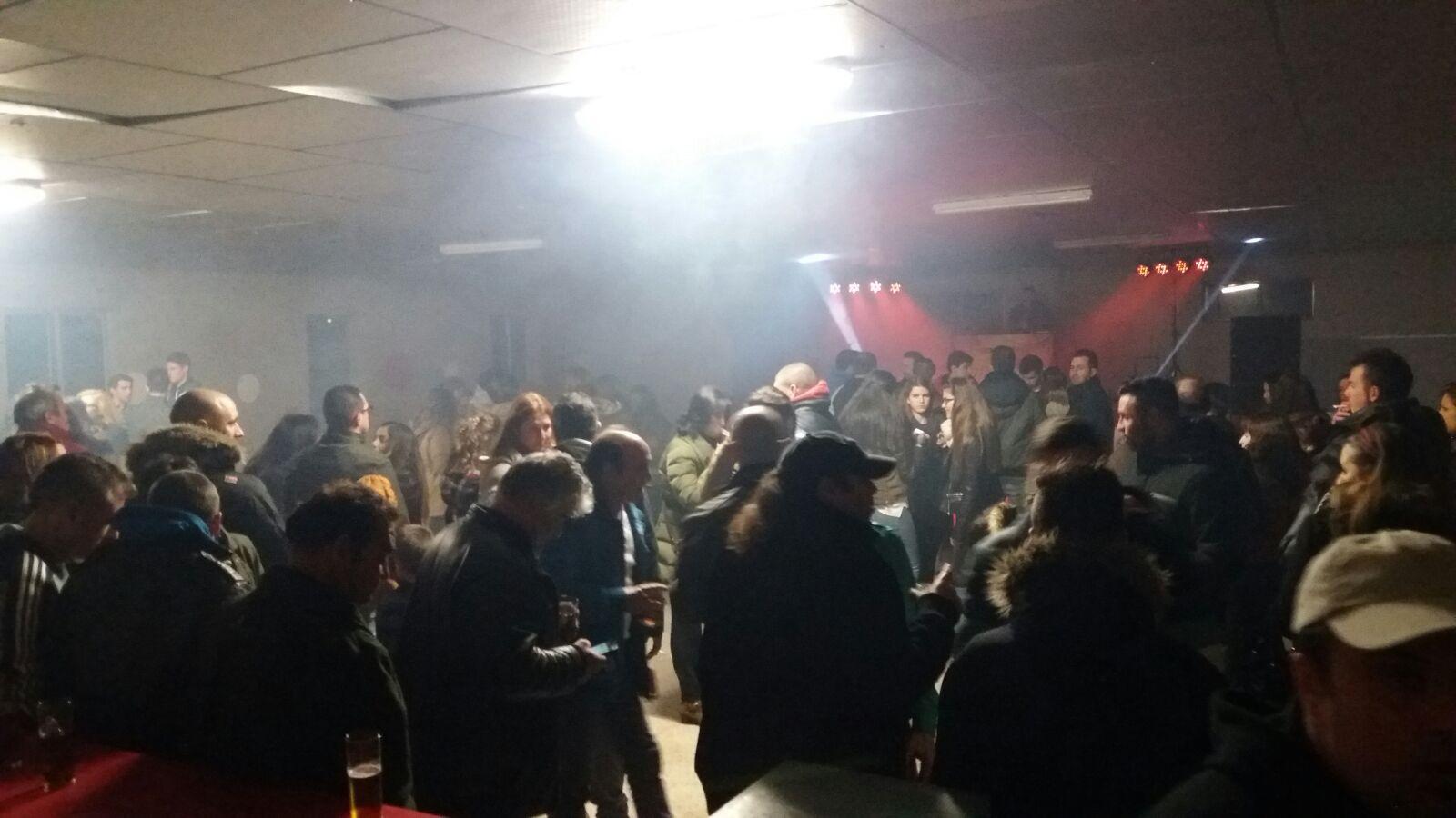 27-02-16 Francos fiesta benefica3