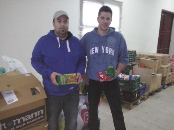 28-02-15 Fiesta benefica Francos Recogida alimentos